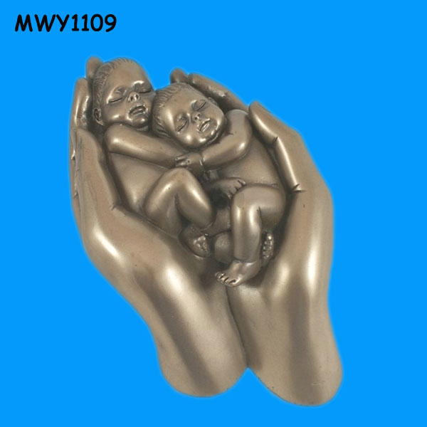 Bronze sleeping Figurine